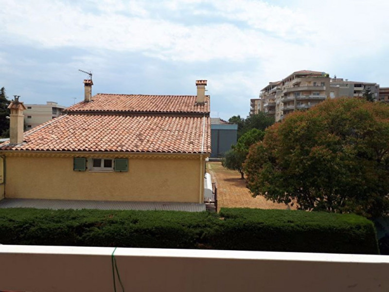 Vente appartement Saint laurent du var 185 000€ - Photo 2