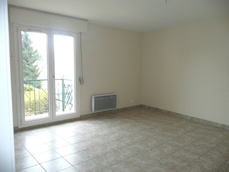 Rental apartment Rambouillet 940€ CC - Picture 1