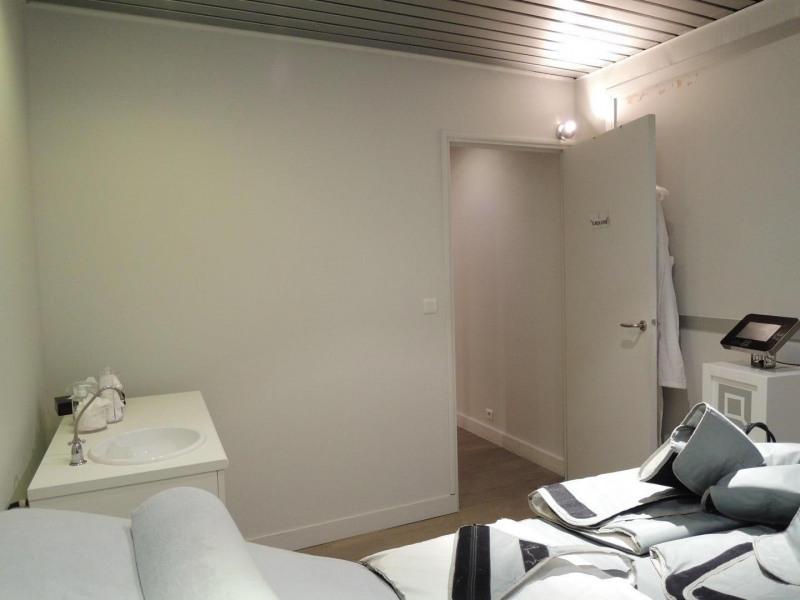Rental office Neuilly-sur-seine 3125€ HC - Picture 3