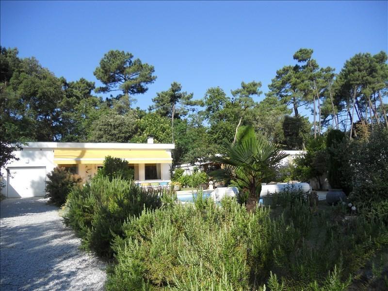 Deluxe sale house / villa St palais sur mer 600000€ - Picture 1