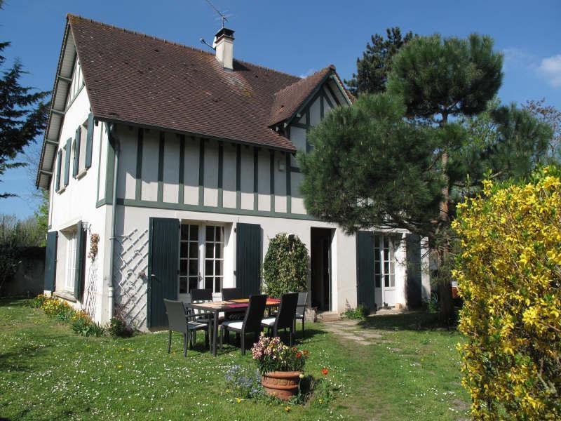 Sale house / villa Le mesnil le roi 875000€ - Picture 1