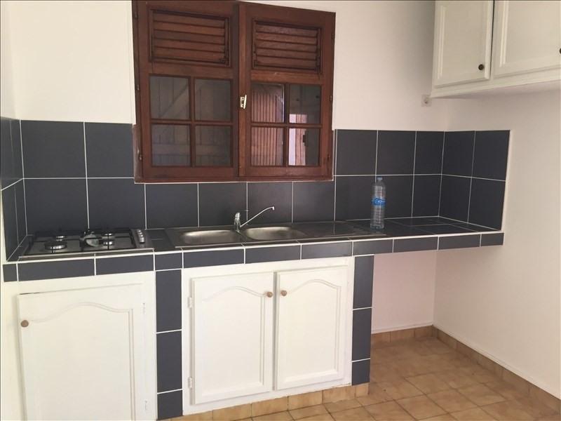 Rental house / villa Ste anne 950€ +CH - Picture 2