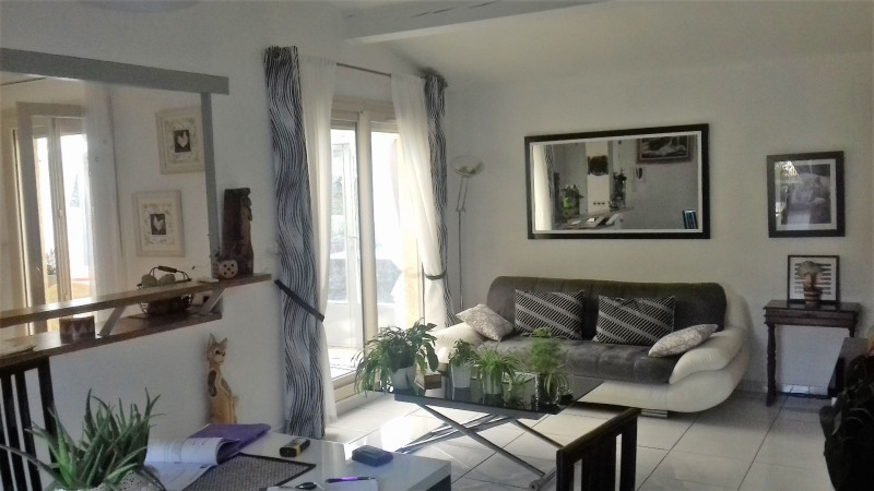 Sale house / villa Le pontet 303450€ - Picture 4