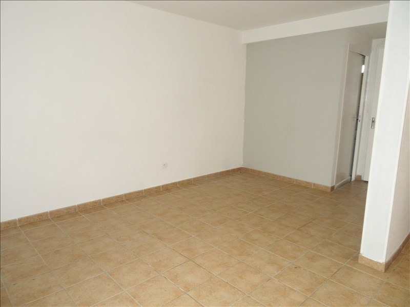 Rental house / villa St jean de bournay 675€ CC - Picture 2