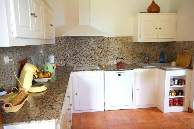 Deluxe sale house / villa Bellemene 593000€ - Picture 5