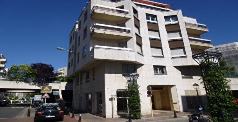 Appartement Courbevoie 2 pièce(s) 48.85 m2