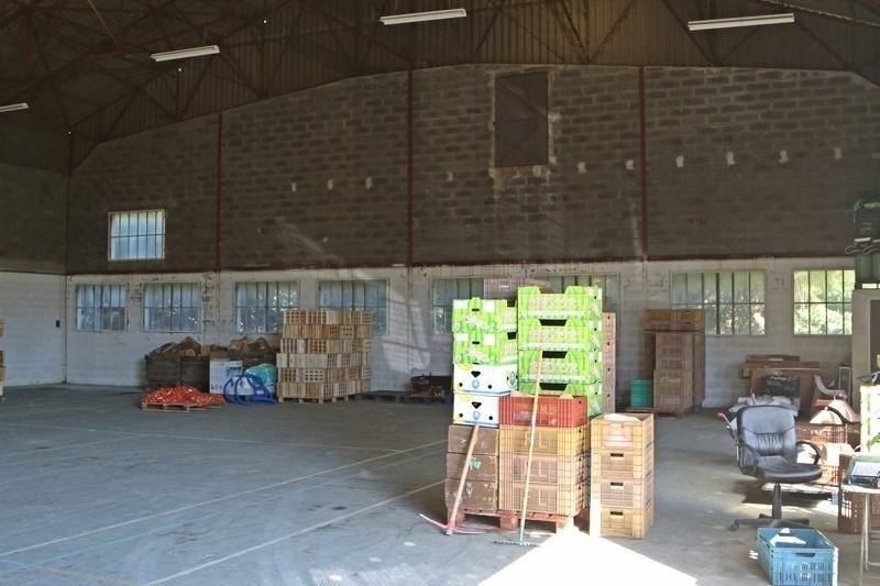 Location Local d'activités / Entrepôt Cheval-Blanc 0