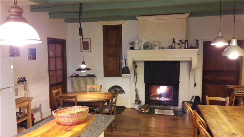 Sale house / villa Ceignes 239000€ - Picture 2