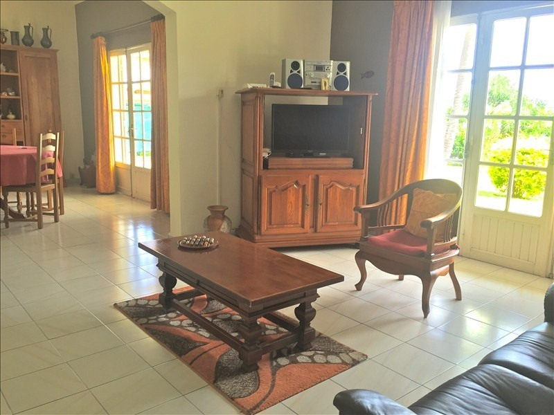 Deluxe sale house / villa La possession 560 000€ - Picture 5