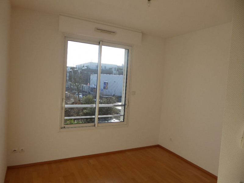 Sale apartment La rochelle 440 496€ - Picture 8