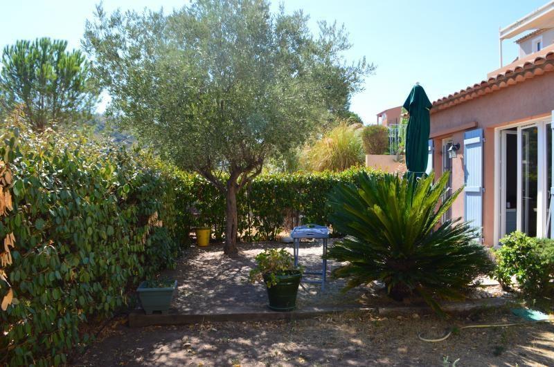 Sale apartment Roquebrune sur argens 263000€ - Picture 1