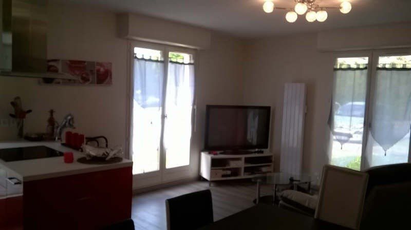 Sale apartment Chantilly 210000€ - Picture 2