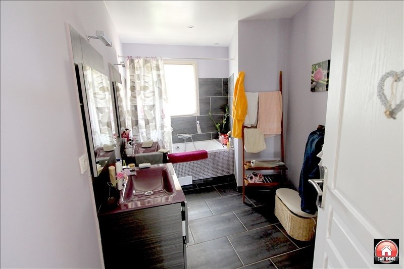 Sale house / villa Rouffignac de sigoules 273000€ - Picture 4