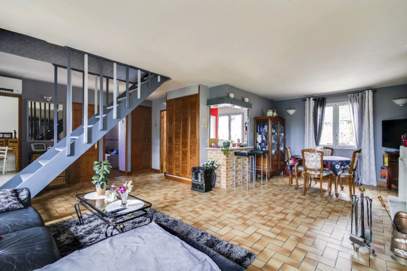 Sale house / villa Neuilly en thelle 245000€ - Picture 4