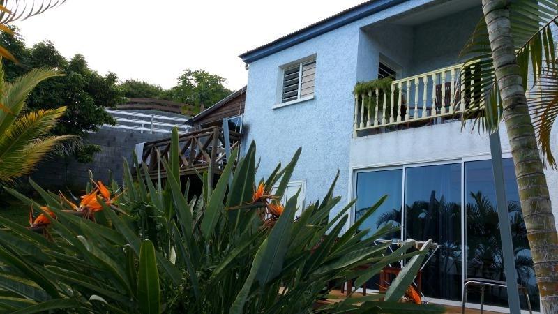 Investment property house / villa La riviere 252000€ - Picture 1