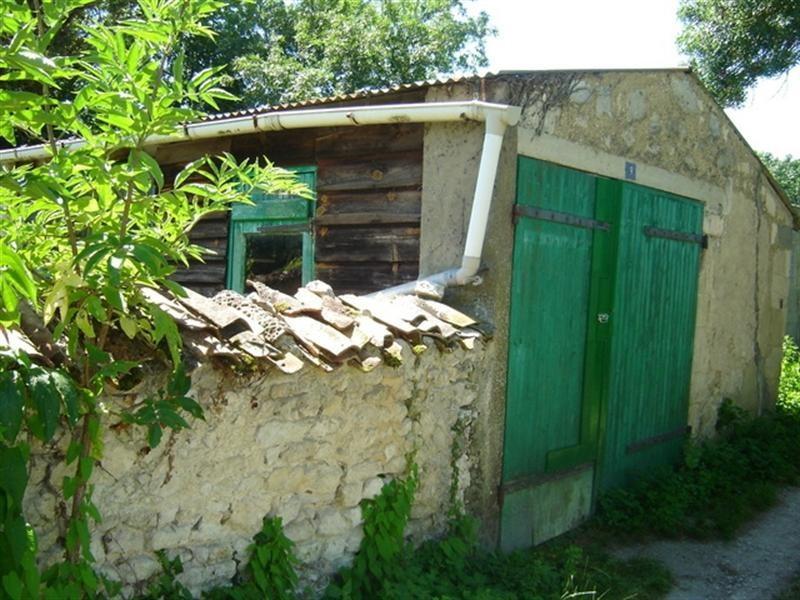 Sale house / villa Saint-jean-d'angély 43000€ - Picture 4
