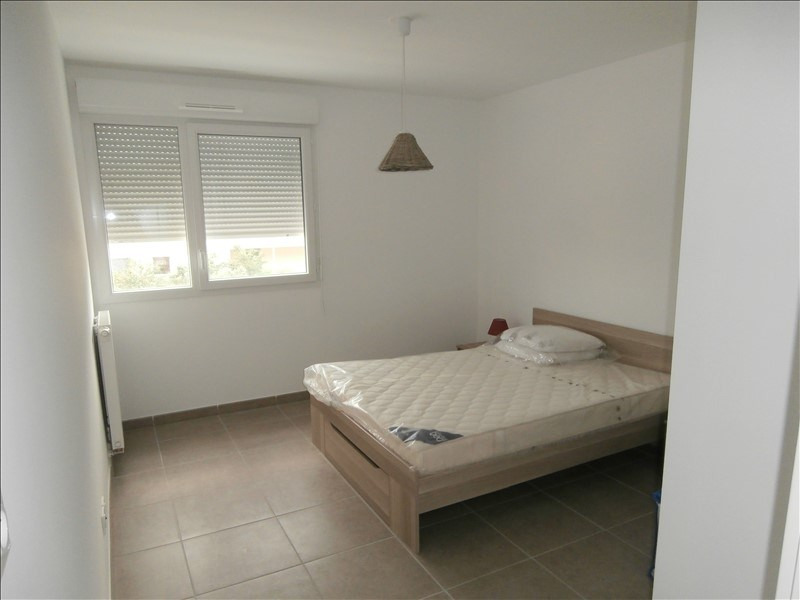 Rental apartment Manosque 900€ CC - Picture 4