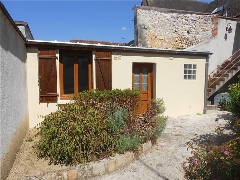 Rental apartment Provins 355€ CC - Picture 1
