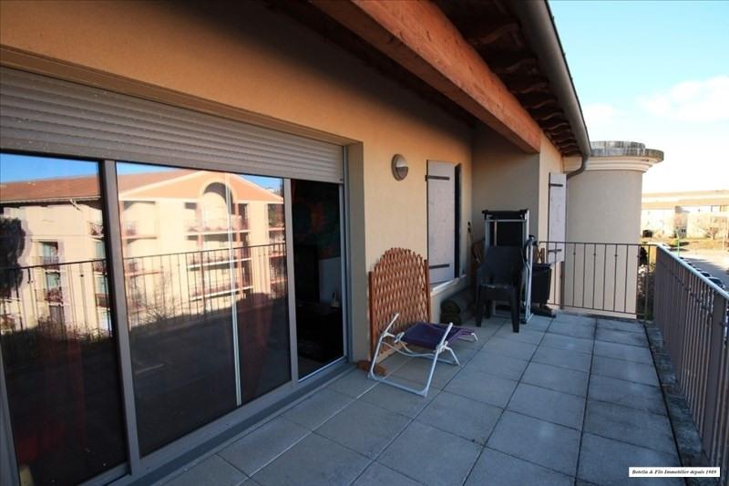 Verkoop  appartement Uzes 170000€ - Foto 2
