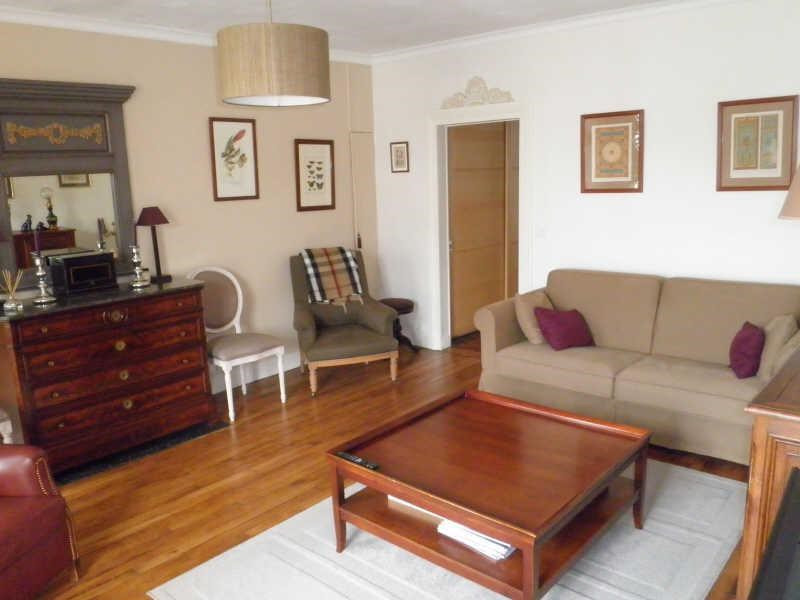 Sale apartment Versailles 680 000€ - Picture 1