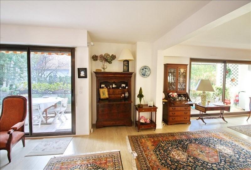 Deluxe sale apartment Biarritz 690000€ - Picture 1
