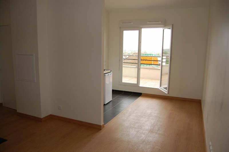 Location appartement Vigneux sur seine 601€ CC - Photo 3