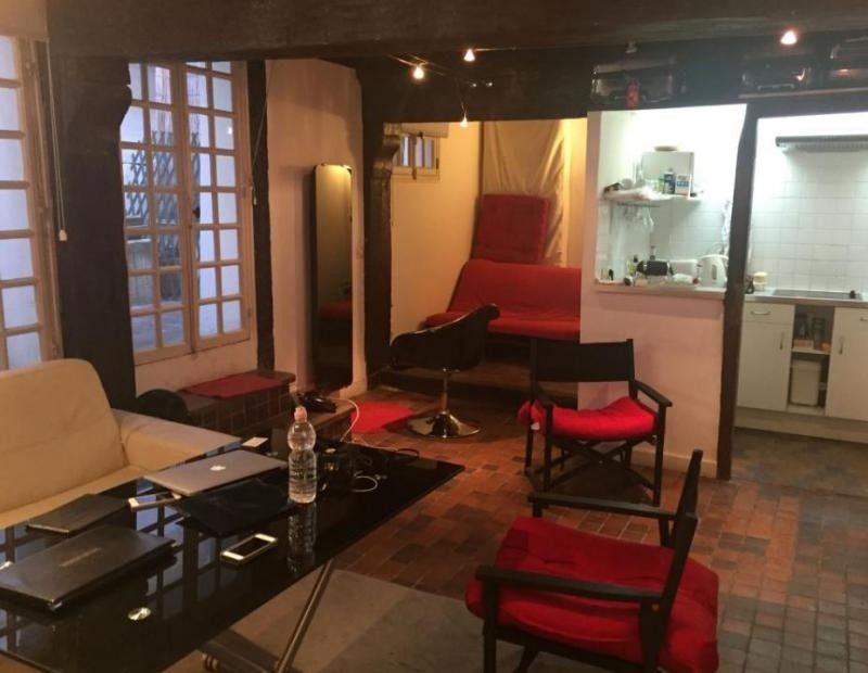 Vente de prestige appartement Paris 4ème 394900€ - Photo 4