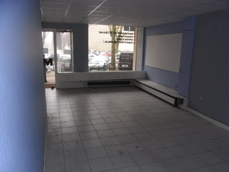 Location local commercial Meudon la foret 2 040€ +CH/ HT - Photo 4
