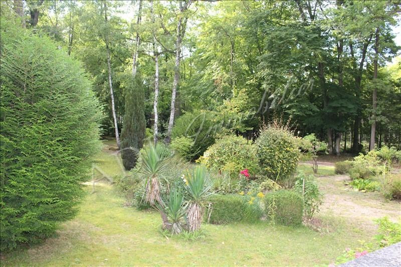 Deluxe sale house / villa Lamorlaye 730000€ - Picture 2