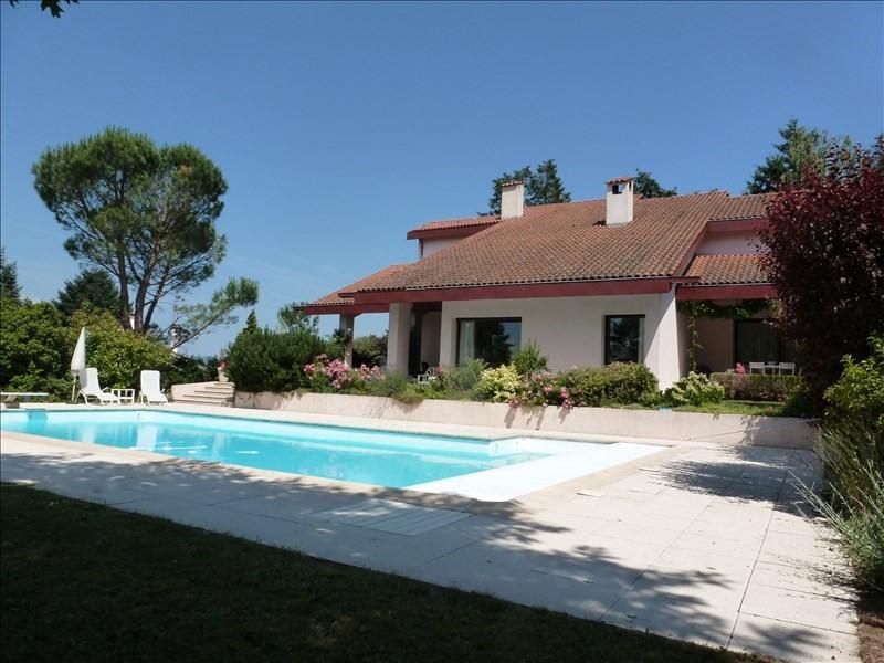 Deluxe sale house / villa Villerest 495000€ - Picture 1