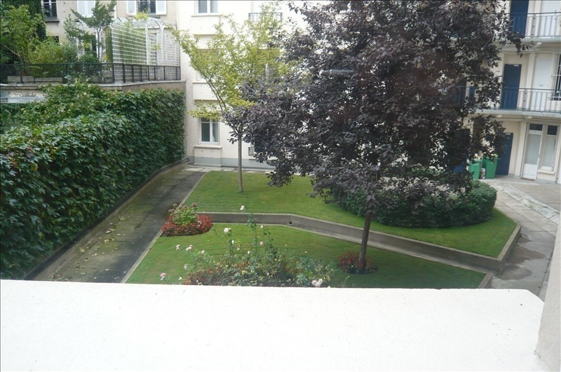 Location appartement Paris 16ème 2 700€ CC - Photo 1
