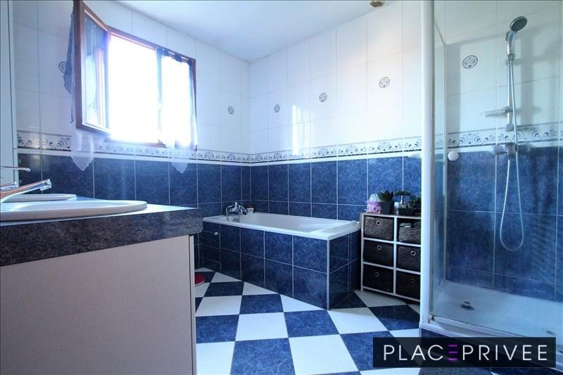 Sale house / villa Ludres 330000€ - Picture 9