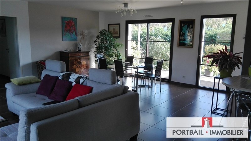 Deluxe sale house / villa Blaye 382000€ - Picture 2