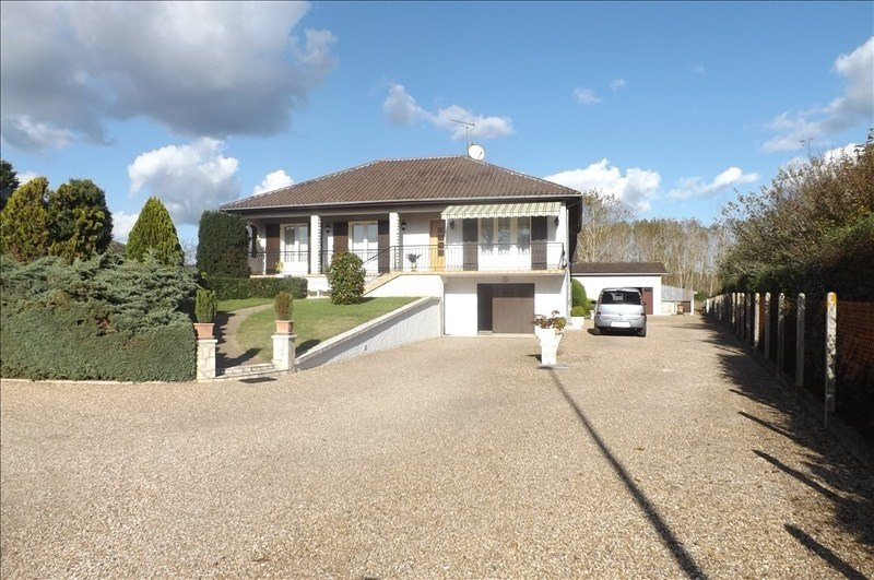 Sale house / villa Montpon menesterol 163000€ - Picture 1