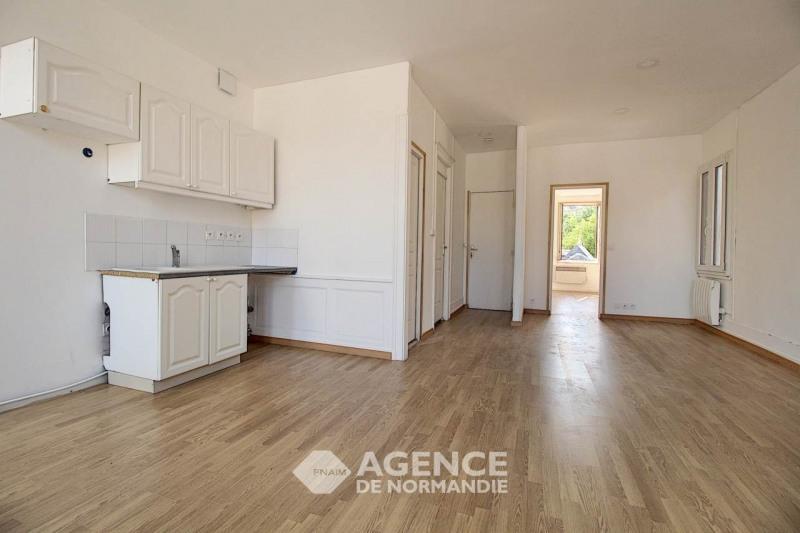 Location appartement Montreuil-l'argille 355€ CC - Photo 2