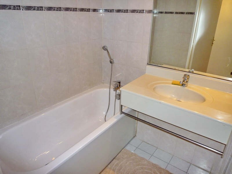 Rental apartment Nice 550€ CC - Picture 6