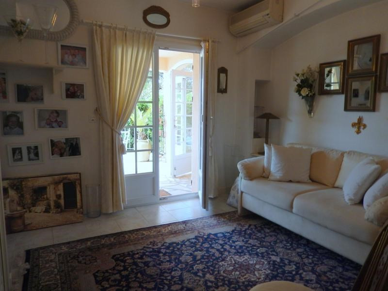 Deluxe sale house / villa St aygulf 795000€ - Picture 4