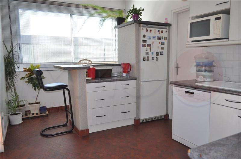 Sale apartment Le raincy 274000€ - Picture 4