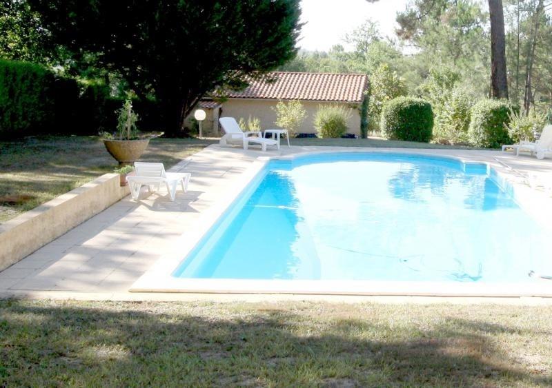 Sale house / villa Queyssac 238000€ - Picture 1