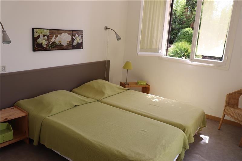Deluxe sale house / villa Cavalaire sur mer 788000€ - Picture 5