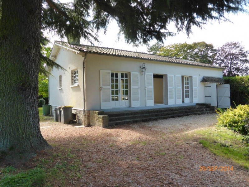 Rental house / villa Bourron-marlotte 1 350€ CC - Picture 2