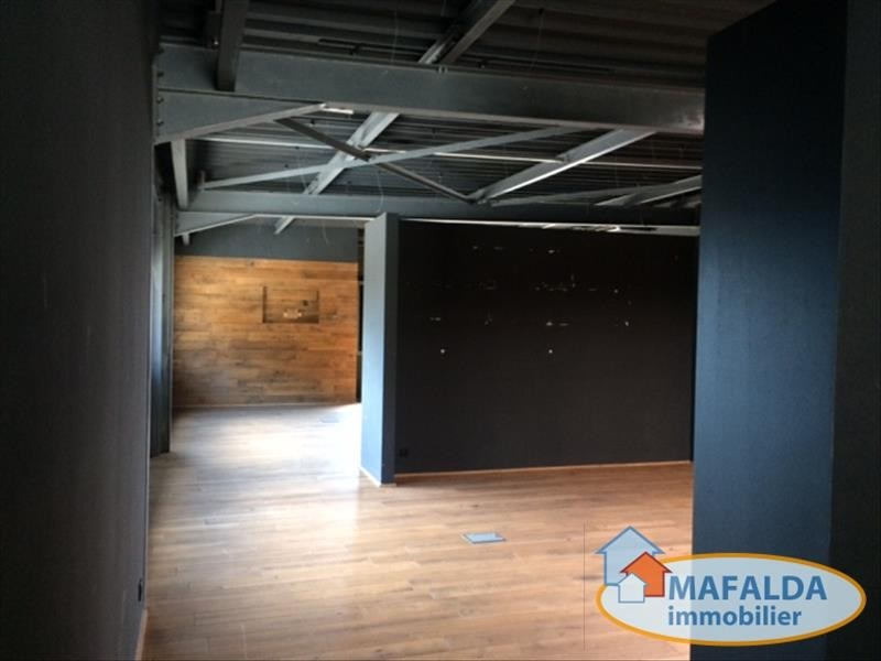 Location local commercial Sallanches 3960€ HT/HC - Photo 2