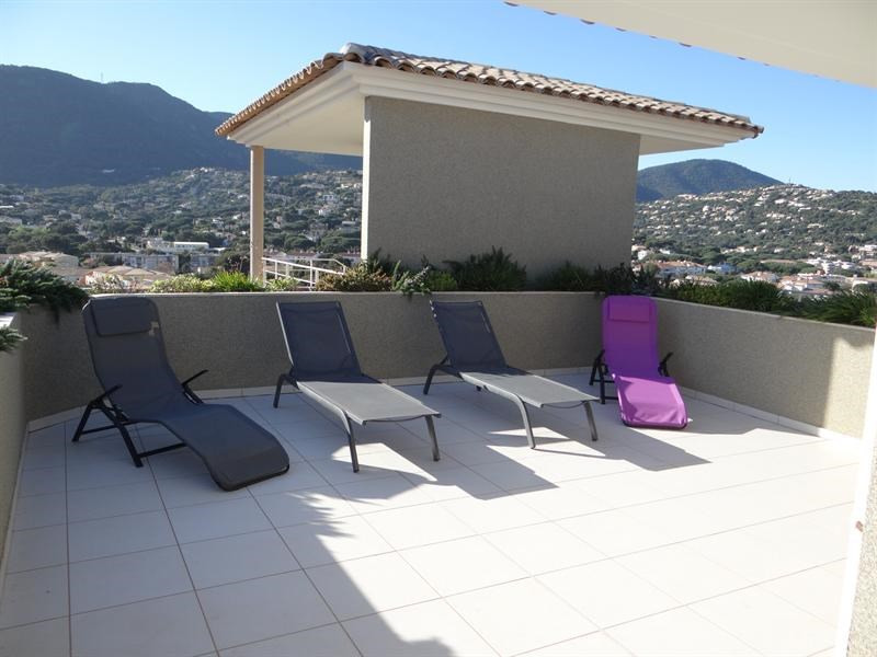 Location vacances appartement Cavalaire 600€ - Photo 4