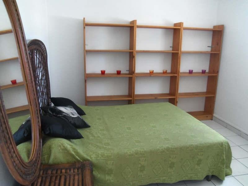 Rental apartment St francois 800€ CC - Picture 7