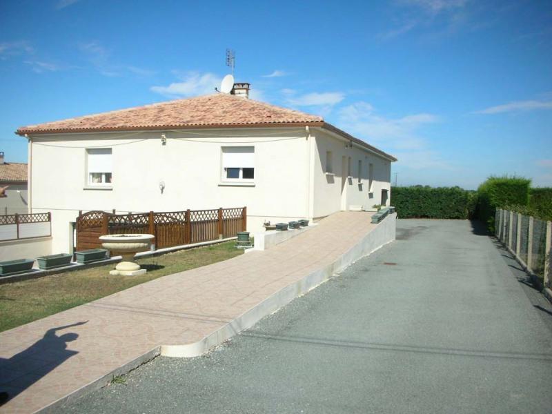 Sale house / villa Le chay de saujon 399000€ - Picture 2