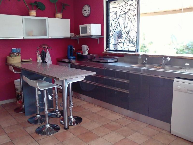 Deluxe sale house / villa St gilles les bains 850000€ - Picture 5