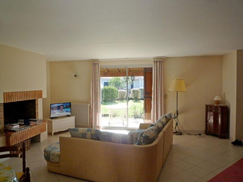 Sale house / villa Bon encontre 208000€ - Picture 4