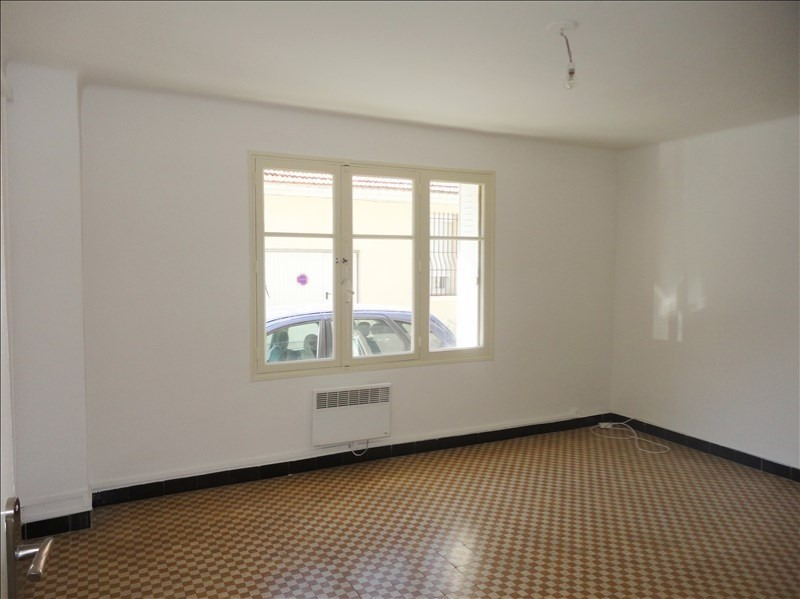 Location appartement Toulon 580€ CC - Photo 2