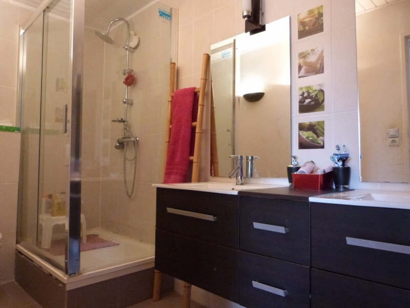Sale house / villa Bondoufle 230000€ - Picture 2