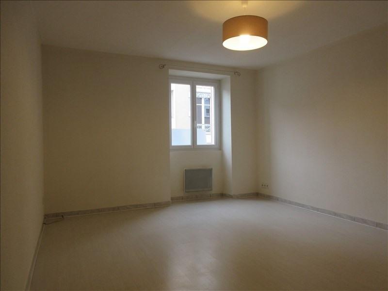 Rental apartment Voiron 628€ CC - Picture 2